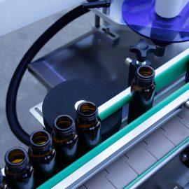 Chi tiết máy dán nhãn nhãn dán chai tròn dọc tự động